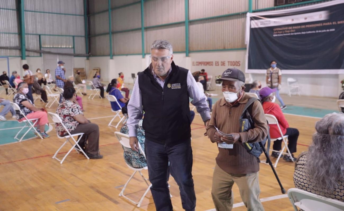 Entregan apoyos a abuelitos de jornaleros agrícolas