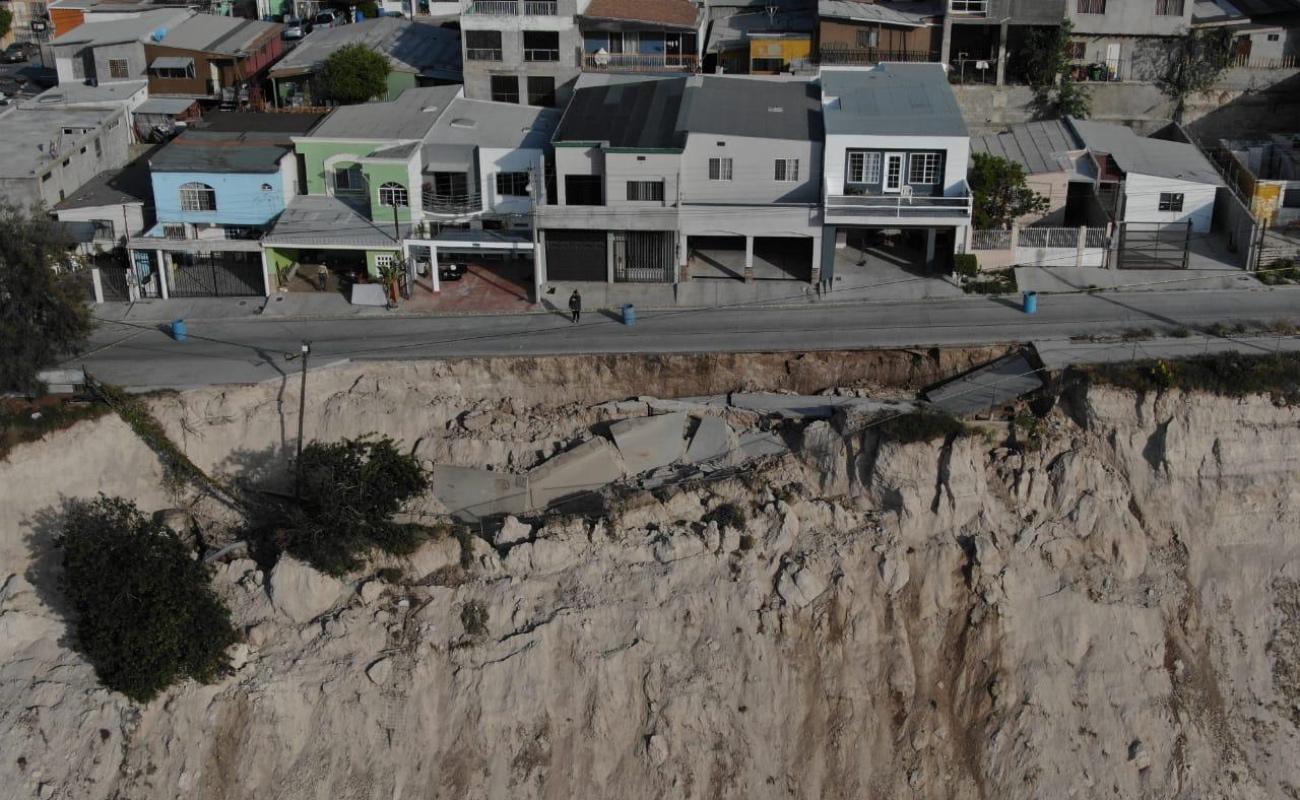Van 21 casas afectadas por deslizamiento en Lomas de La Presa