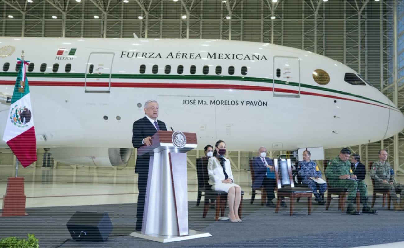 Muestran lujos y detalles del avión presidencial