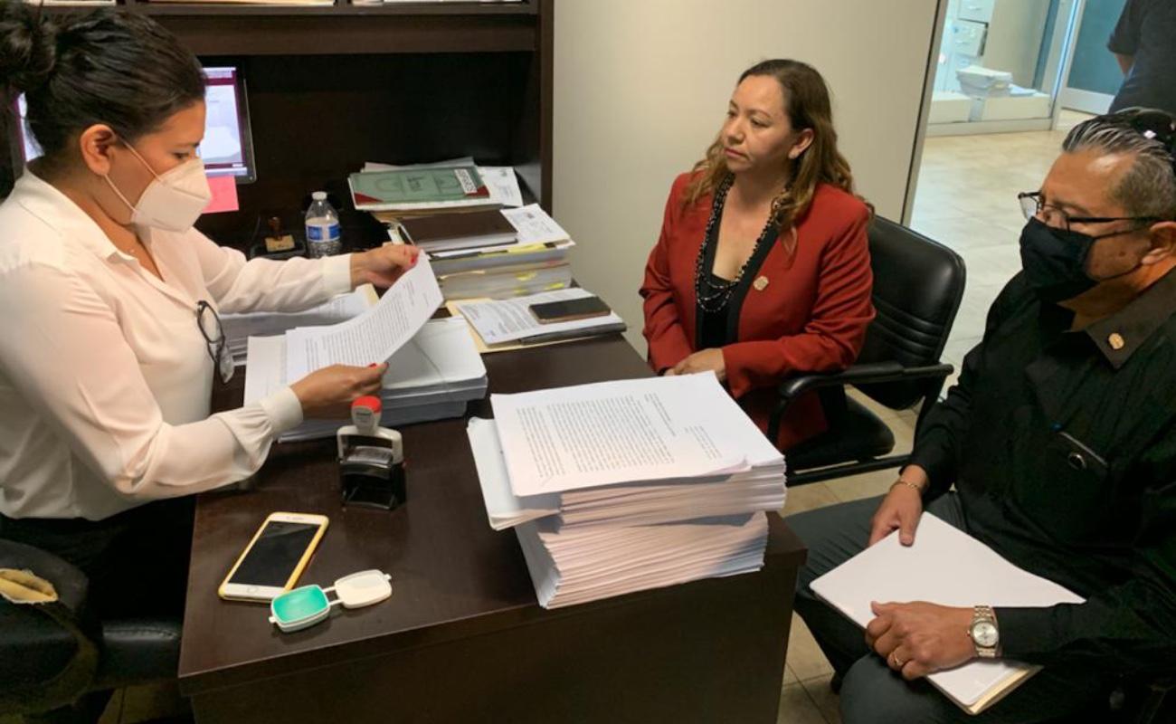 """Denuncian a funcionarios """"kikistas"""" por desvío de mil 200 MDP"""