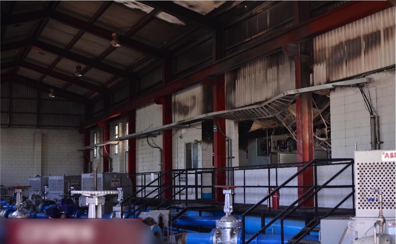 Corto circuito en planta de la CESPE deja sin servicio a un centenar de colonias