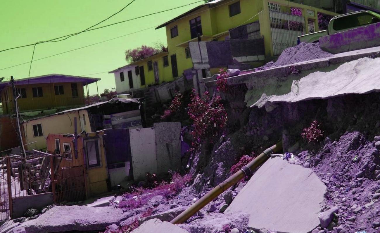 Demuelen primeras casas de 433 en riesgo en la Sánchez Taboada
