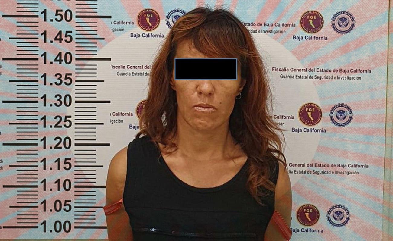 Capturan agentes estatales a mujer narcomenudista