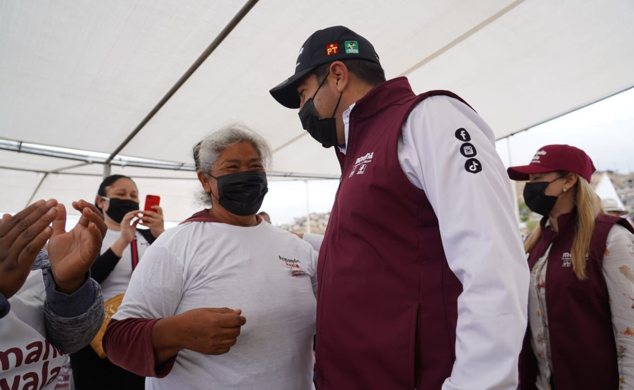 Reafirma Armando Ayala su compromiso con la comunidad de Maneadero