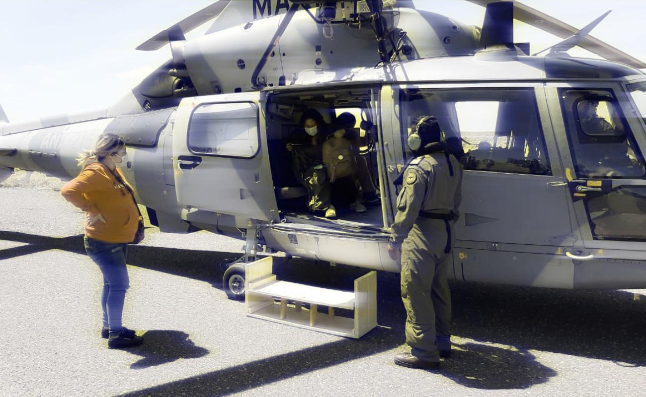 Trasladan vía aérea a cuatro embarazadas, de Cedros a Guerrero Negro