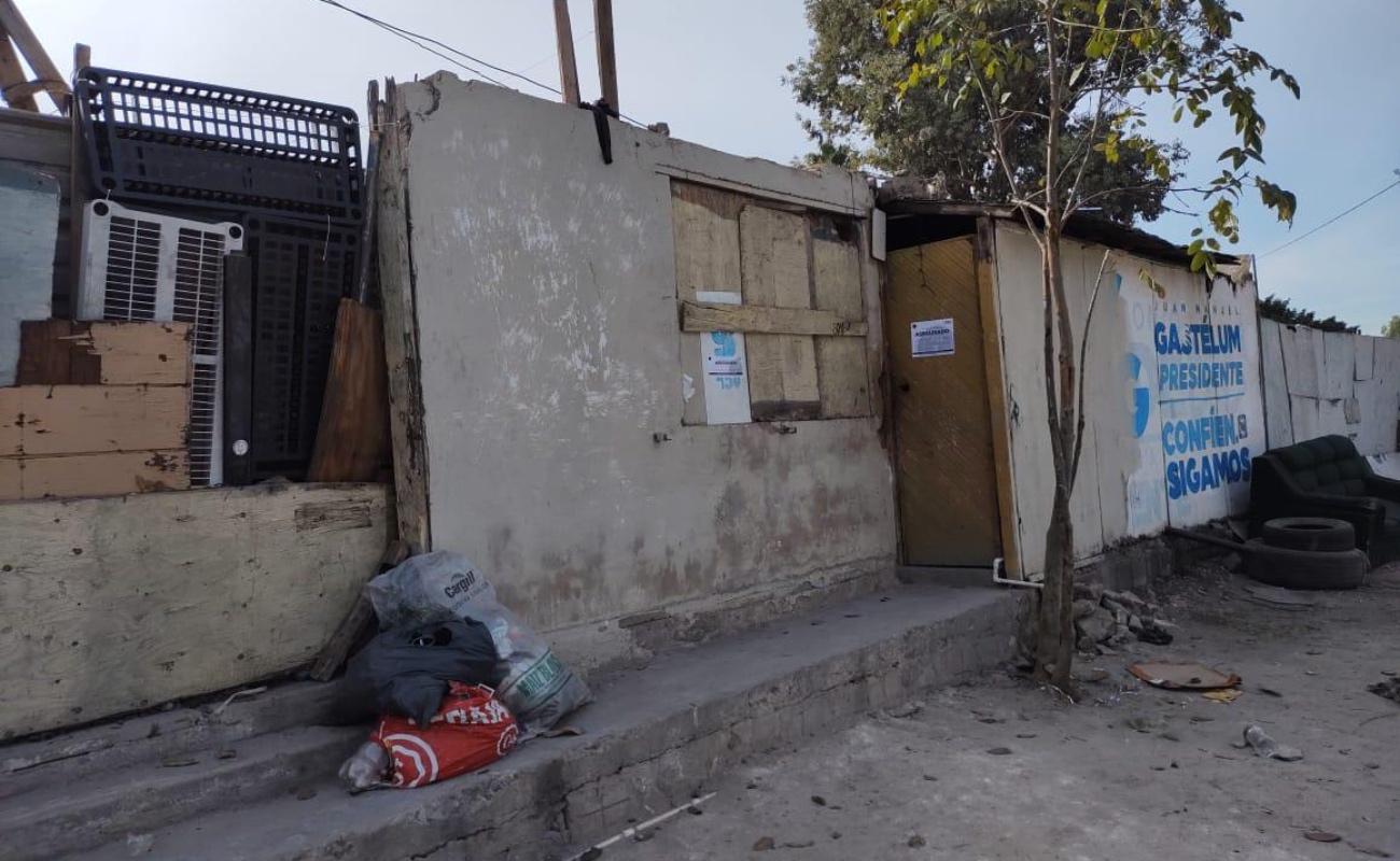 Detienen a dos narcomenudistas tras cateo de casa en El Florido