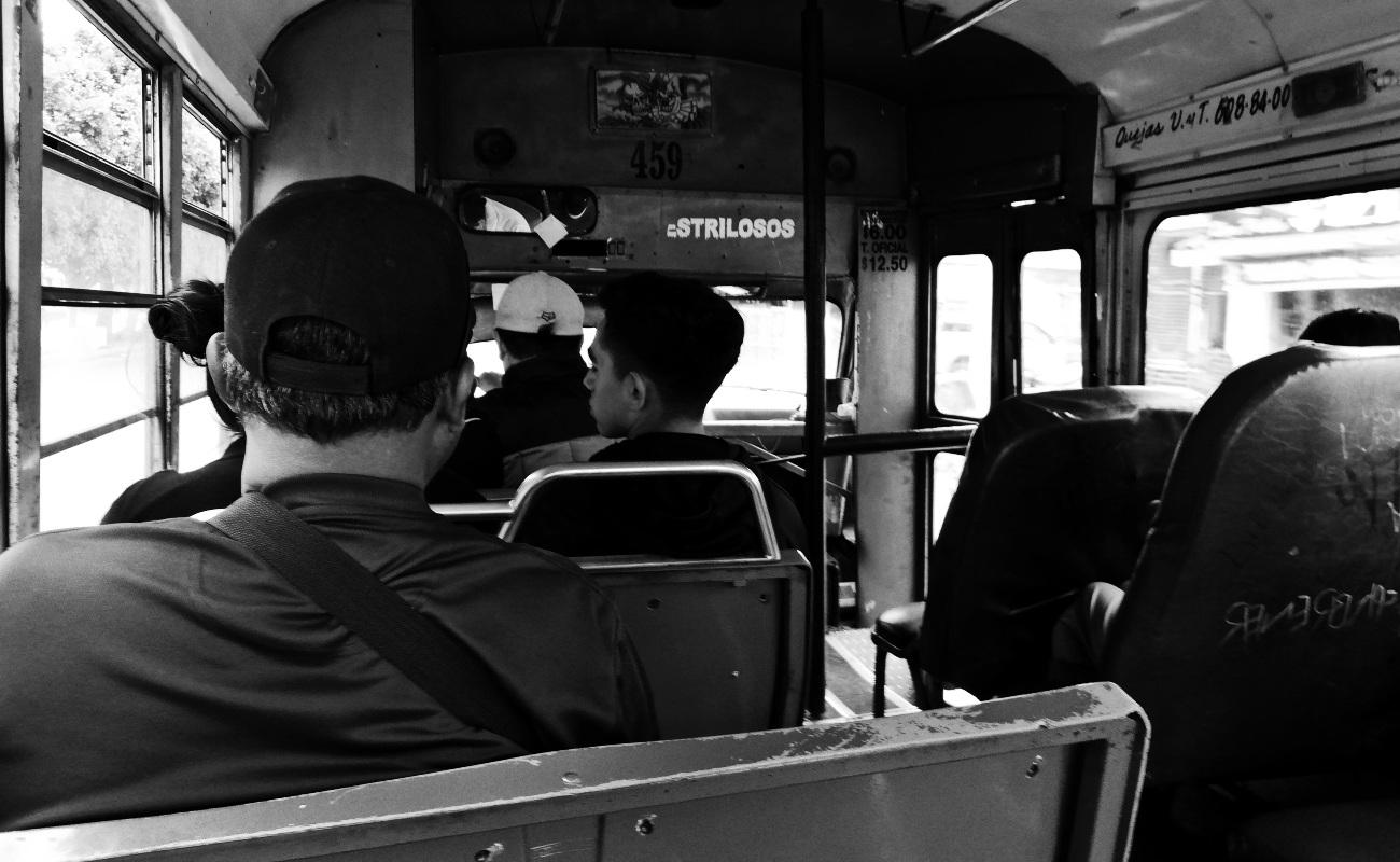 Entre robos, balas, muerte, hedor y ofrecimientos sexuales...el transporte en Tijuana
