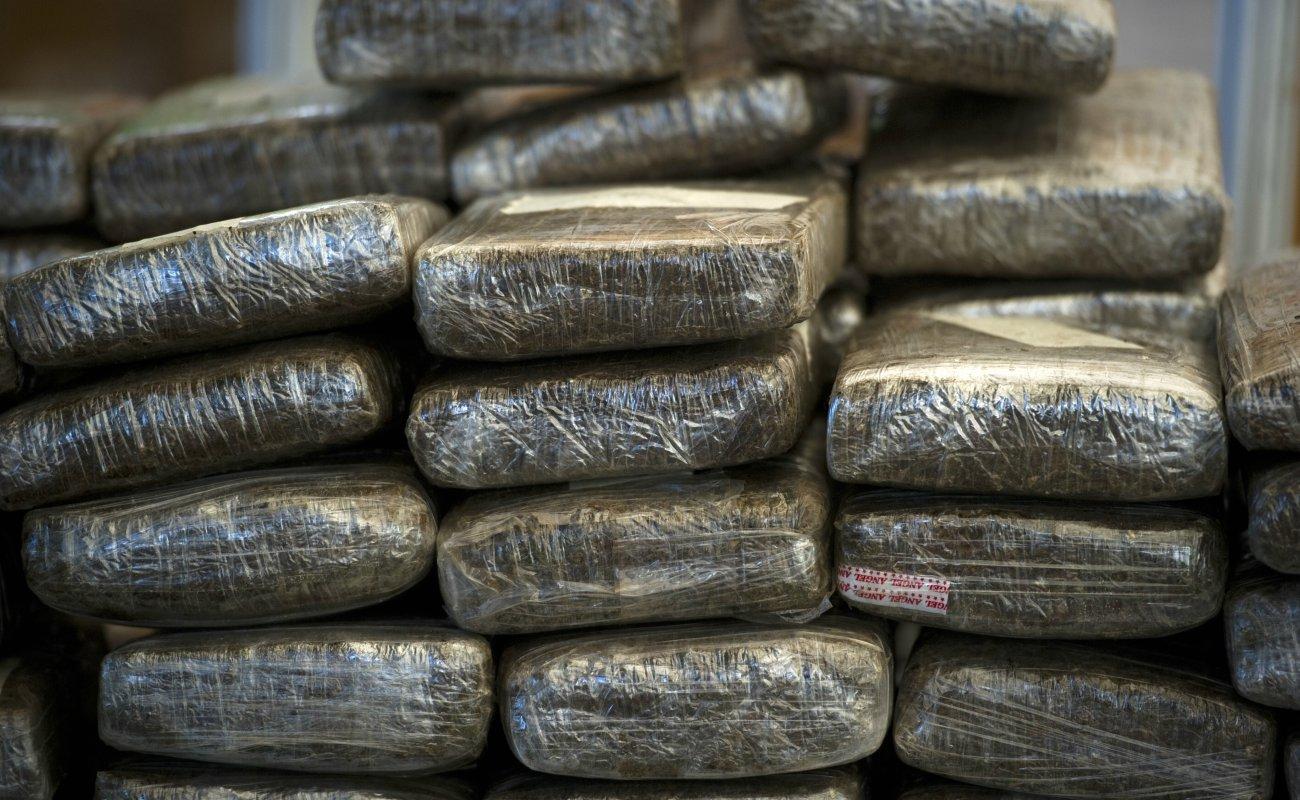 Incauta 67 Batallón 1.2 toneladas de marihuana y cristal al sur de Ensenada