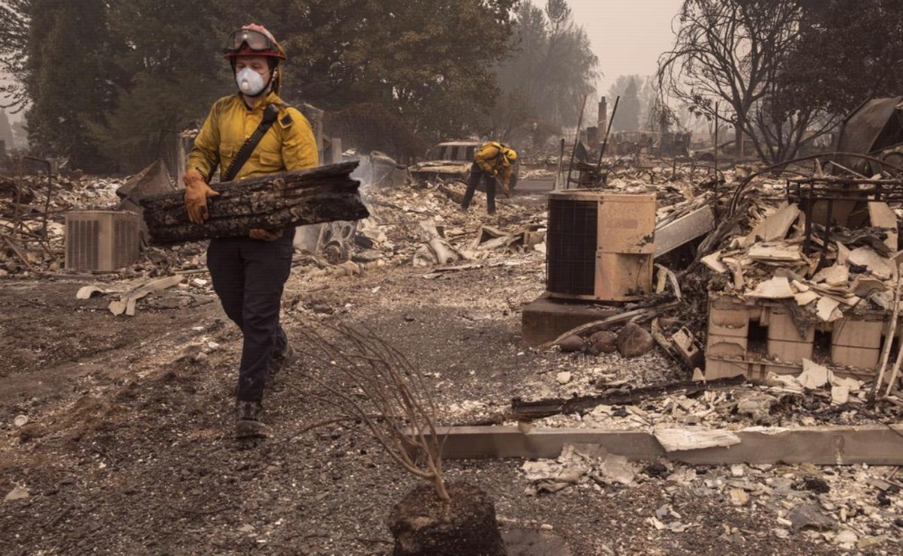 Aumentan los muertos por incendios forestales en el Oeste de Estados Unidos