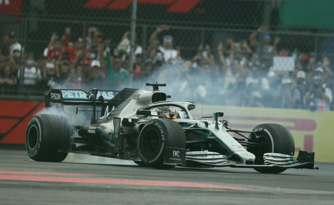 Hamilton gana el Gran Premio de México y se acerca a su sexto campeonato