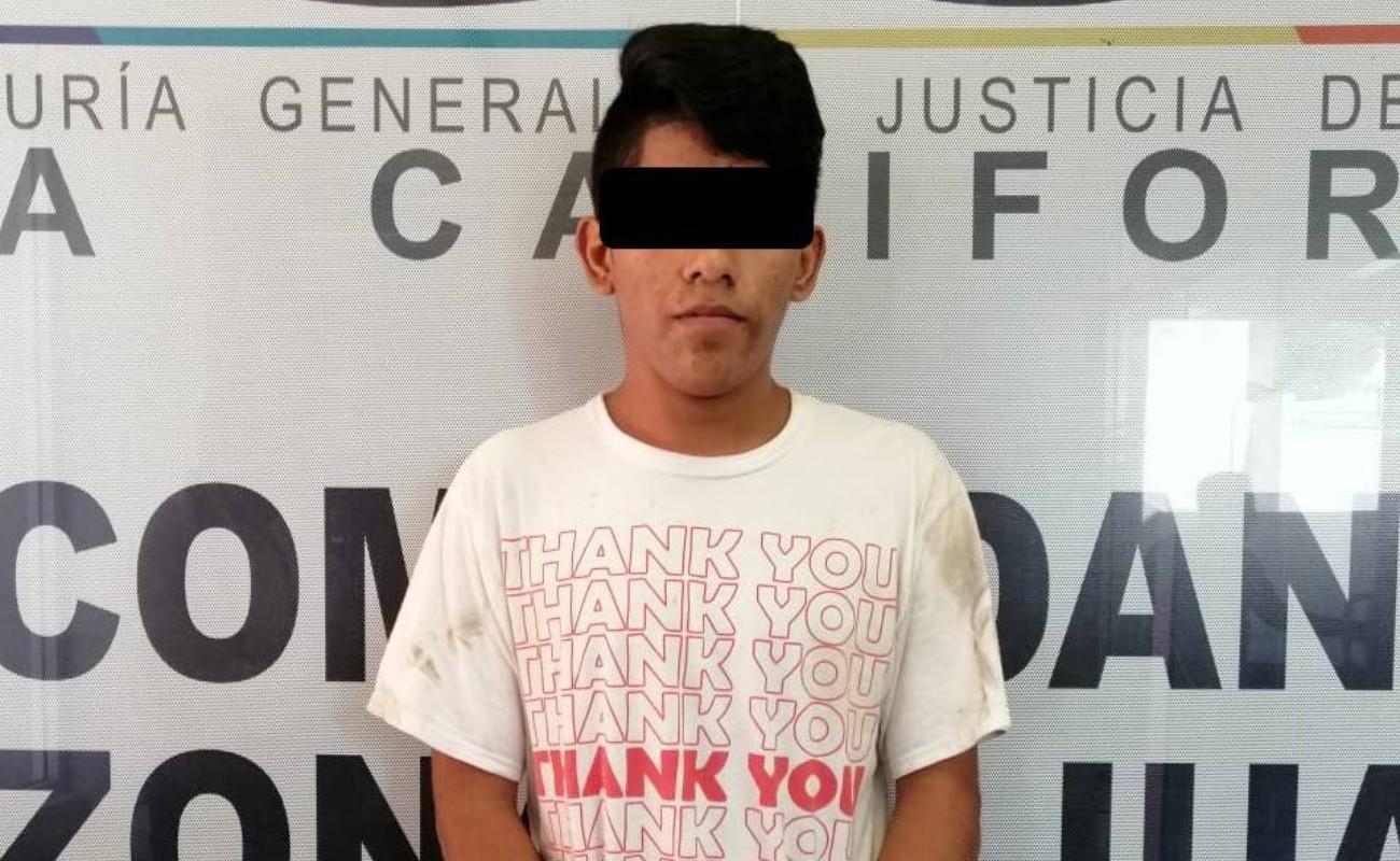 Joshua tiene 18 años y ya enfrenta cargos por homicidio de una mujer