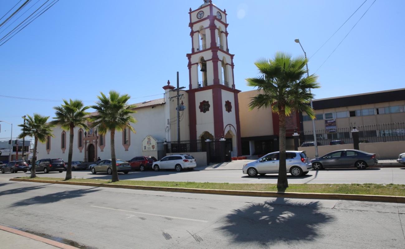 Siguen cerradas iglesias y mezquitas en Tijuana