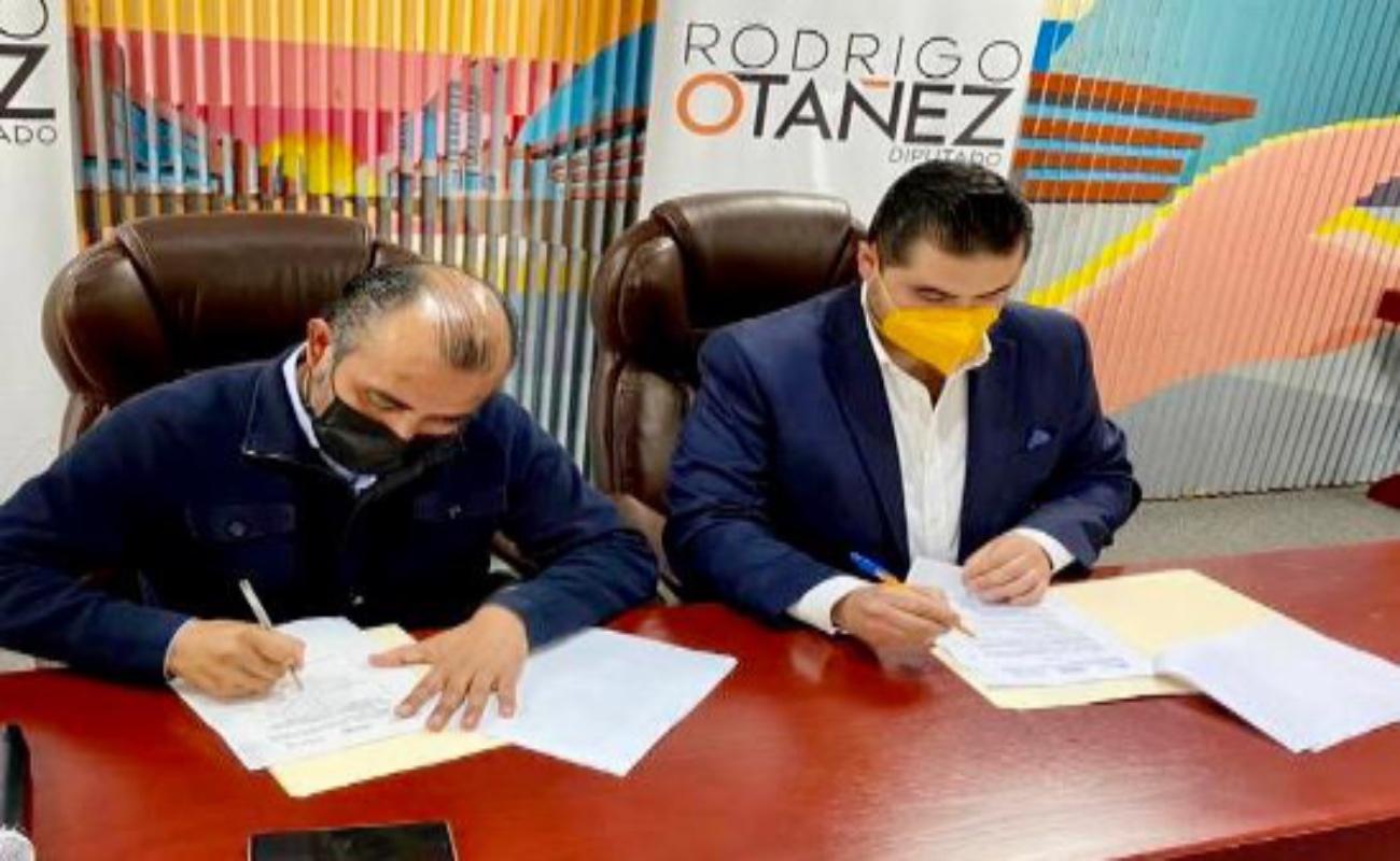 Firma IT@Baja convenio de colaboración para impulsar ciudades inteligentes