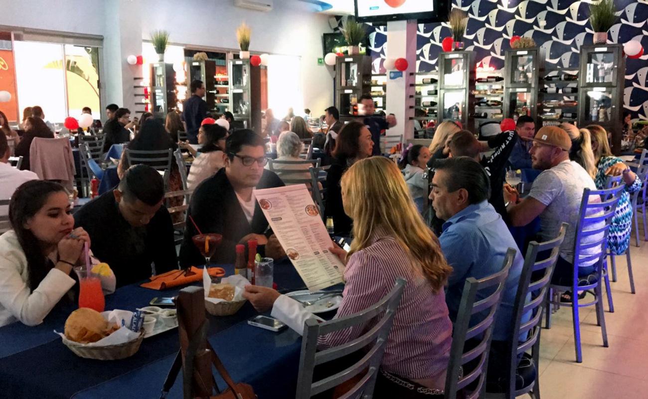 Cierran filas restauranteros de BC ante emergencia sanitaria por coronavirus