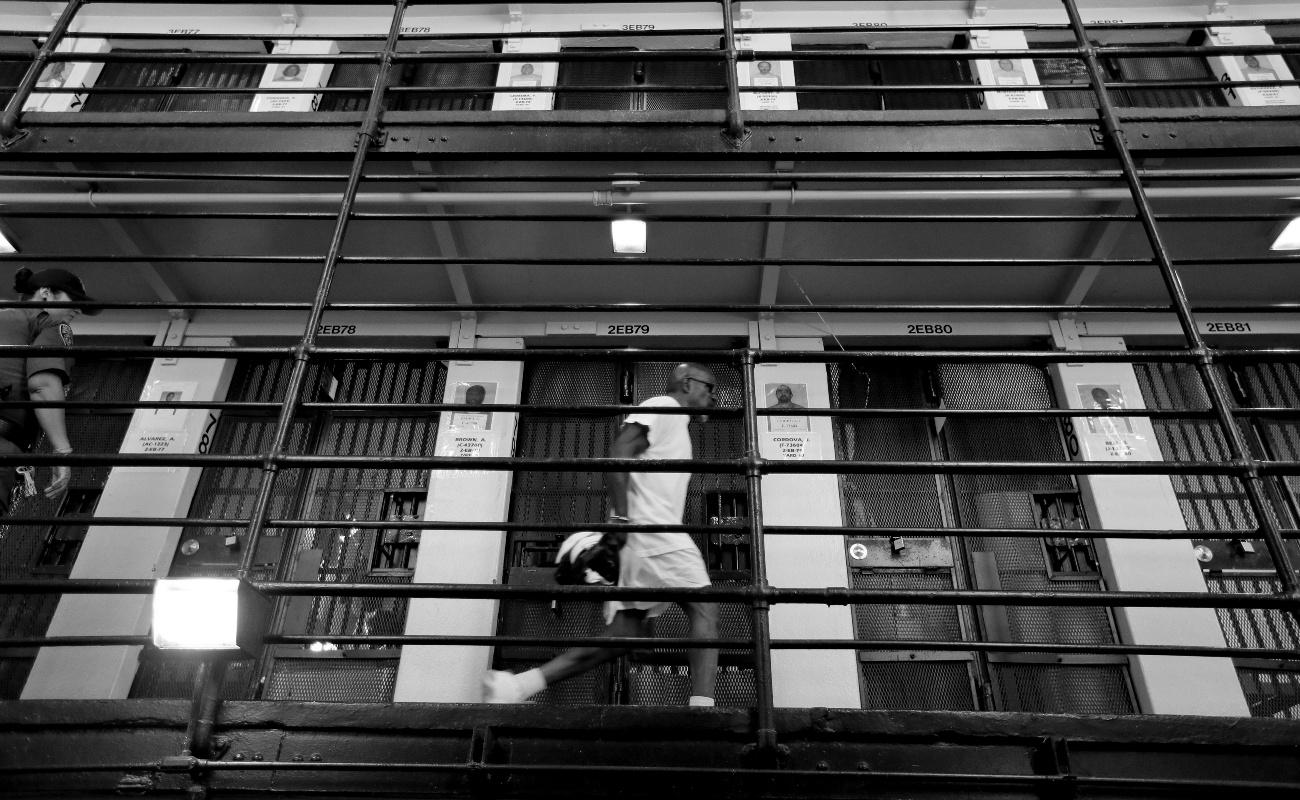 Eliminan pena de muerte a 737 condenados  en California