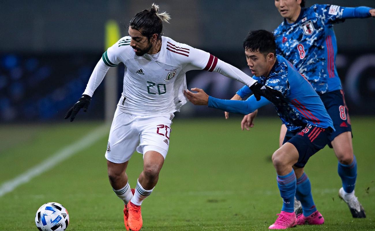 Bajo neblina, México vence 2-0 a Japón en partido amistoso