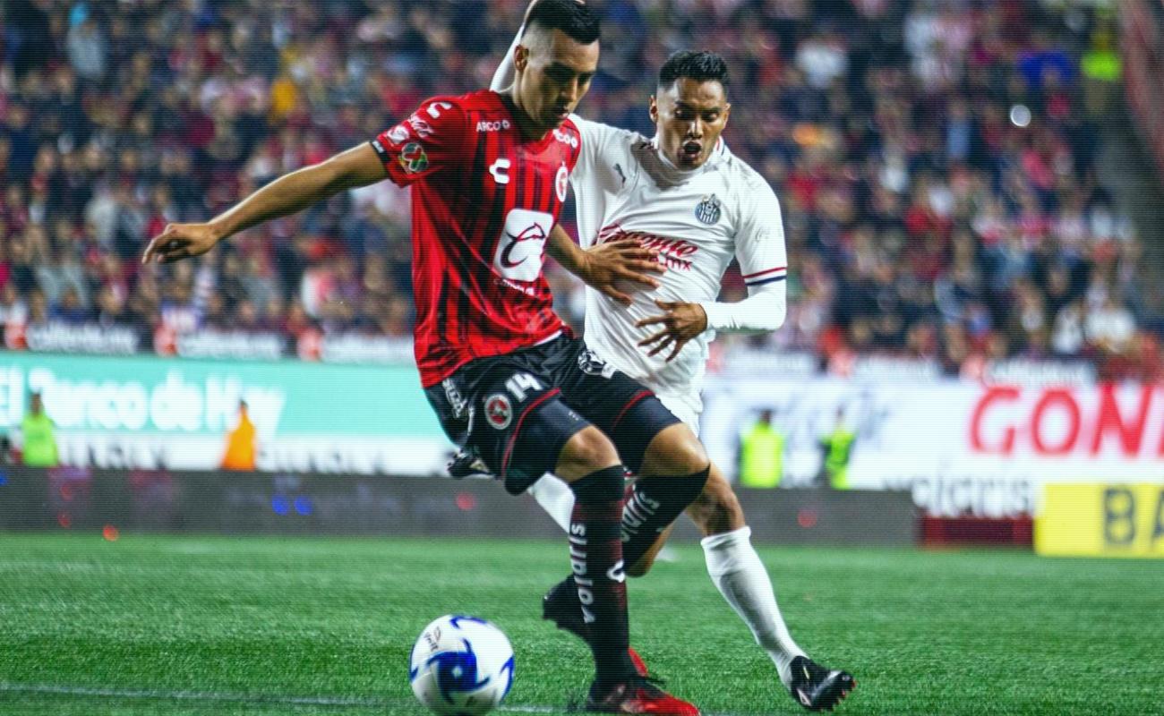 Xolos sigue sin ganar, cae ante Chivas 0-1