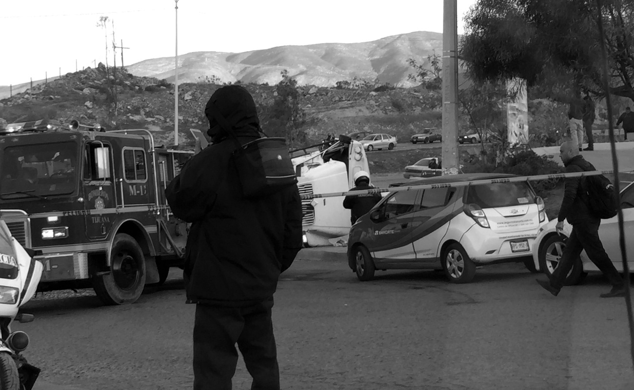 Camionazo en el Bulevar 2000; un muerto y 20 heridos
