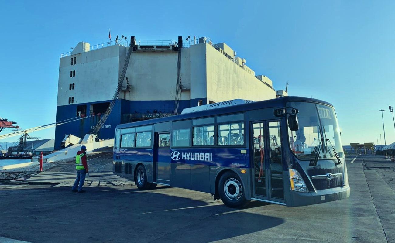 Arriba por primera vez carga automotriz al puerto de Ensenada
