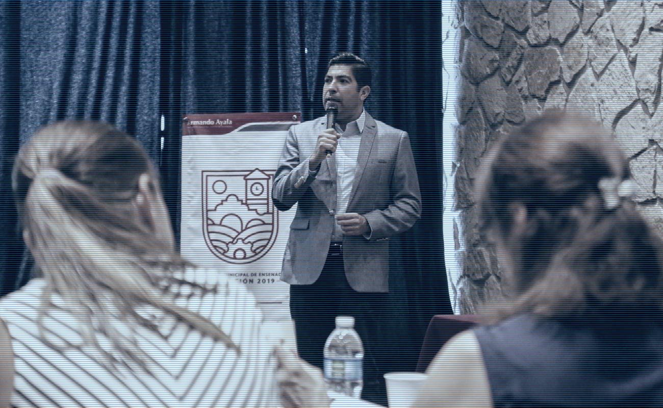 Capacitan a futuros funcionarios municipales de Ensenada