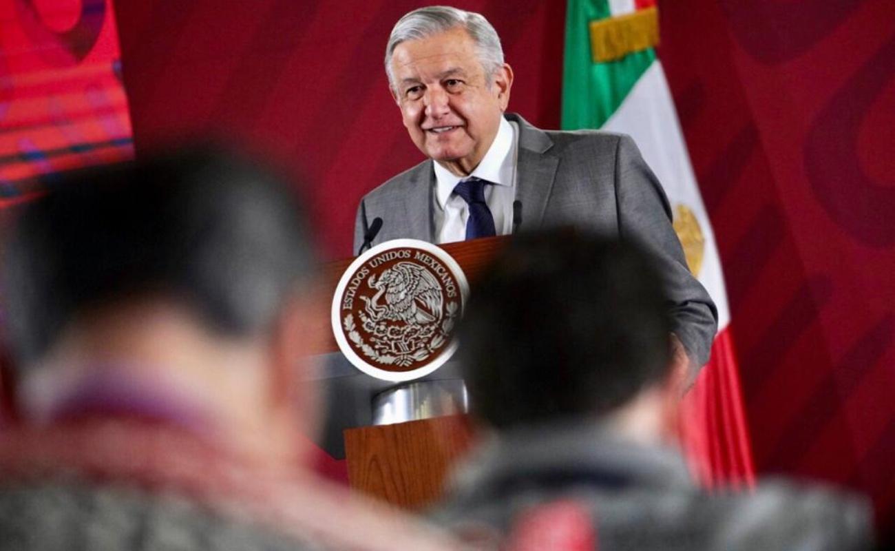 """""""Los ahorros son sagrados"""", asegura AMLO, anuncia revisión de Afores y pensiones"""