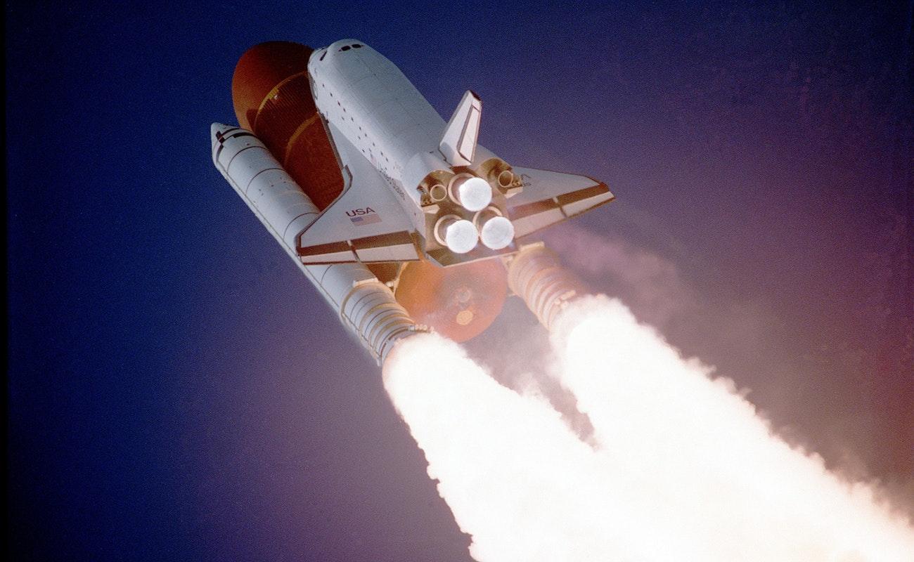 Nuevo cohete de la NASA no estará listo para viaje lunar en 2020