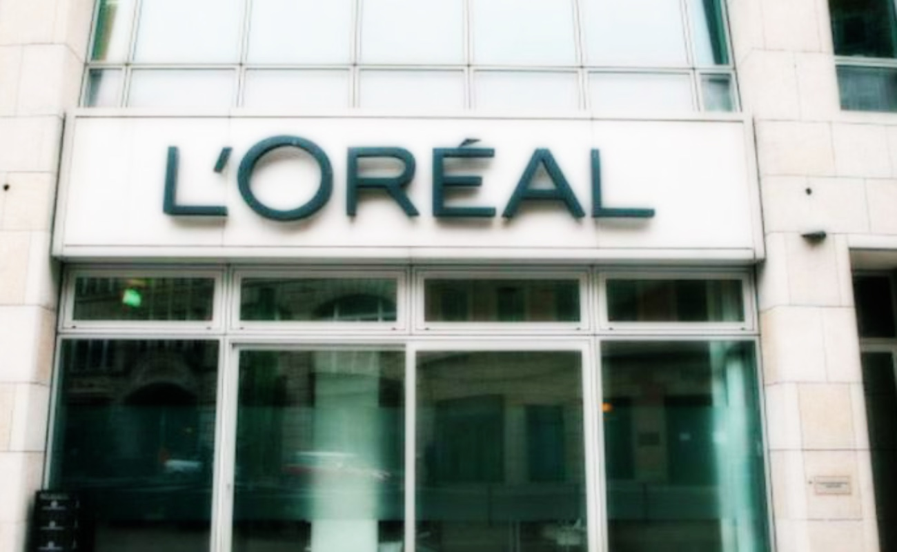 """L'Oréal eliminará términos como """"aclarante"""" de sus productos"""