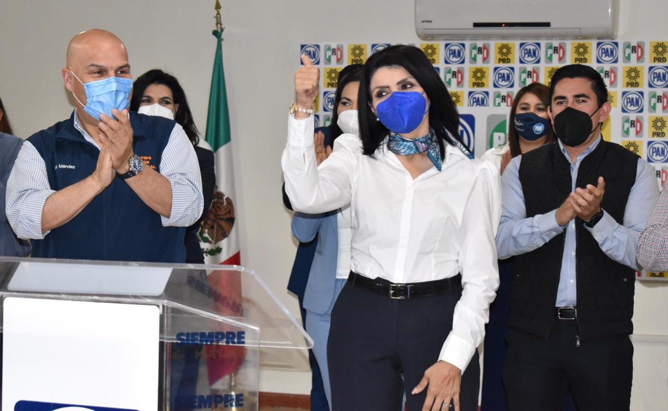 Confirman a Eva María Vásquez como pre candidata a la alcaldía de Mexicali