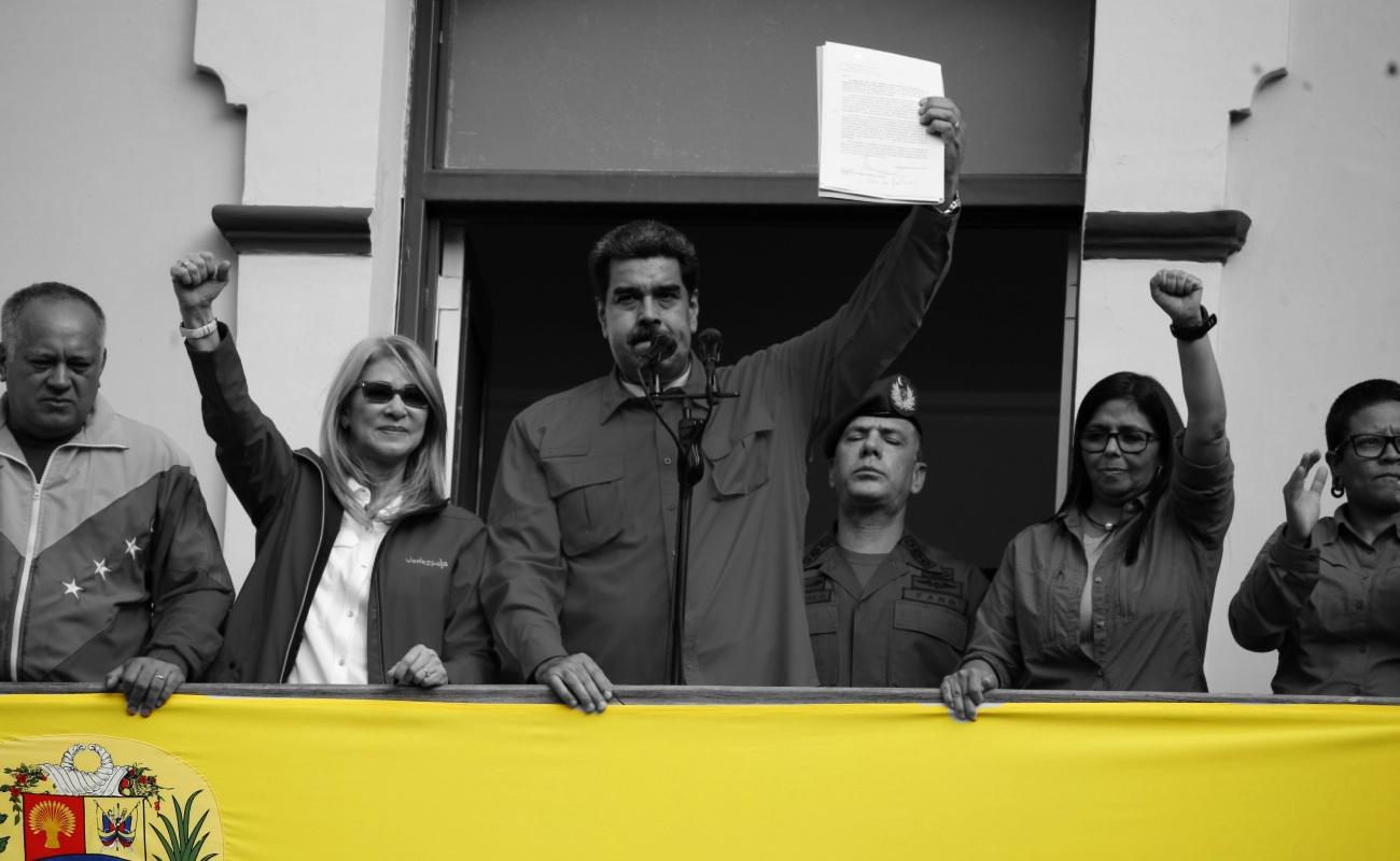 Pide Maduro a seguidores que oren por él