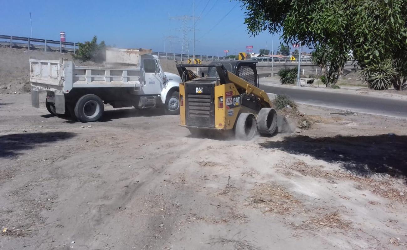 Redoblan esfuerzos para mantener limpio Playas de Rosarito