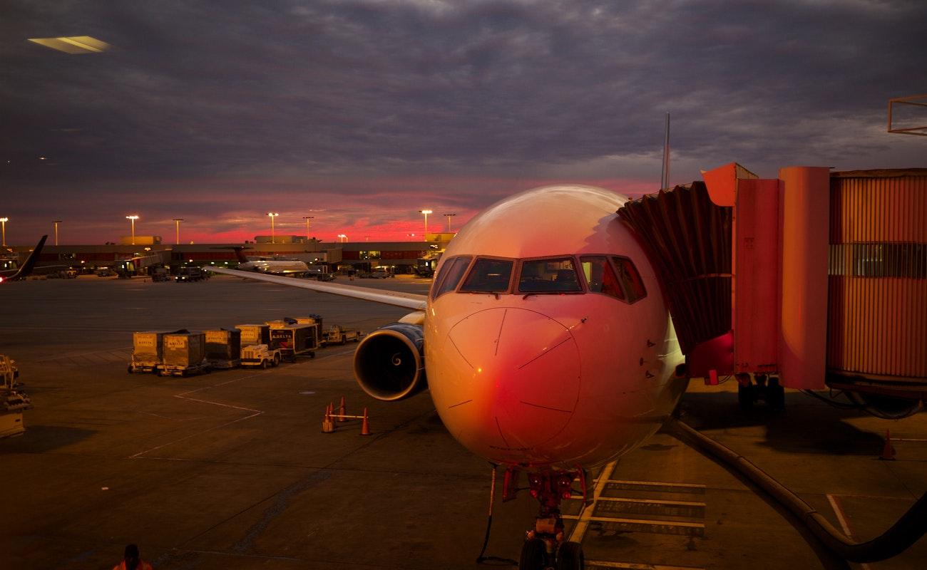Aeroméxico suspende operaciones de aviones Boeing 737 MAX 8