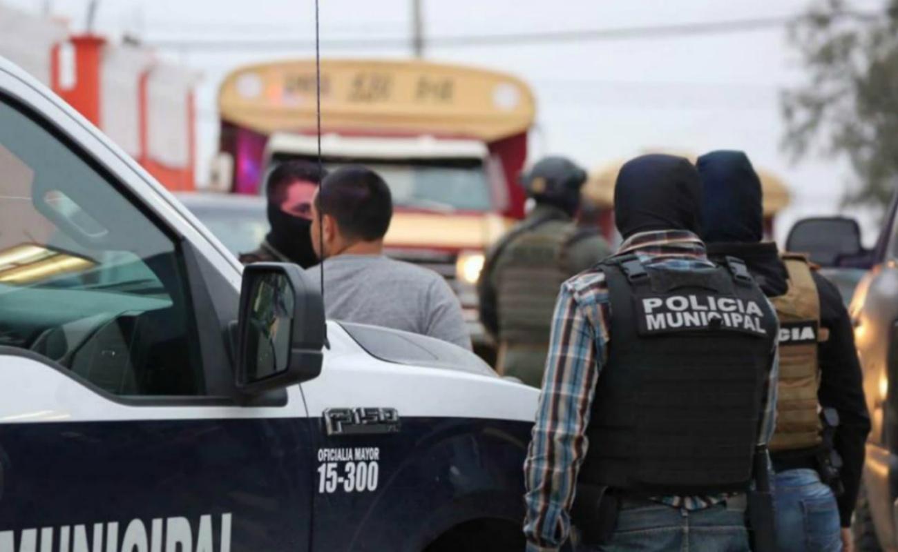 """Ejecutan a hombre adentro de una """"calafia"""" en la Reforma"""