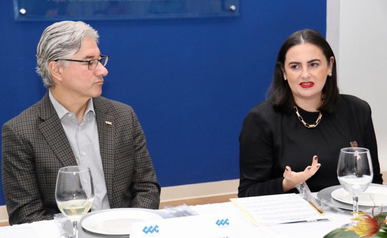 """Llama Karla Ruiz a empresarios trabajar por """"una ciudad organizada"""""""