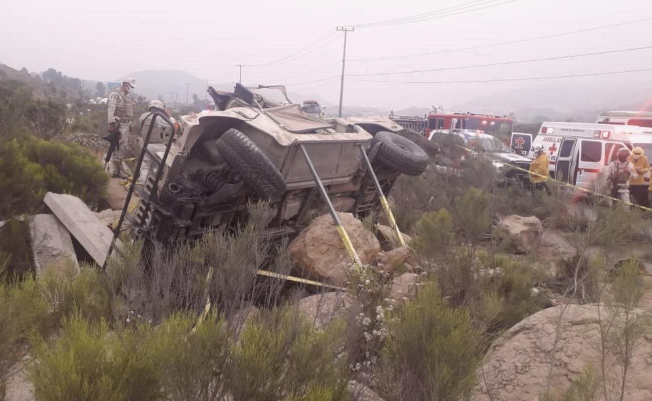 Volcadura de vehículo militar deja cinco soldados muertos y tres heridos