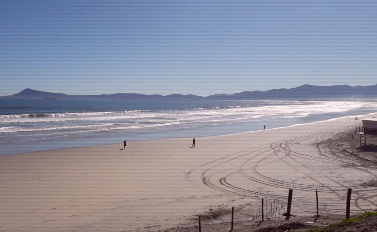 Recomiendan evitar actividades en playas de Ensenada