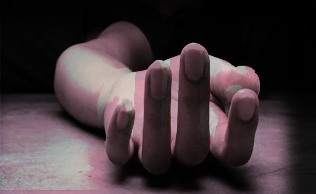 Tiran cadáver de mujer desnuda y maniatada en basurero de Los Encinos