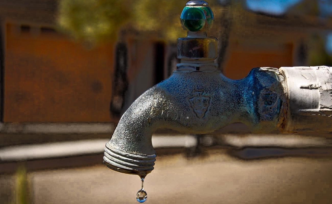 Reportan 27 colonias con falta o fallas en el suministro de agua
