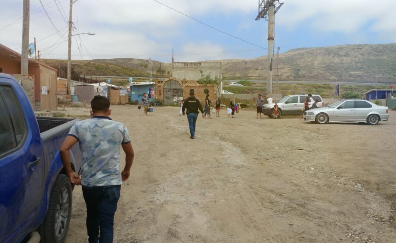 Mantienen vigilancia en playas y mercados sobre ruedas de Rosarito