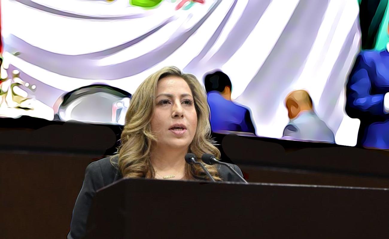 Deben bomberos y policías vacunarse contra Covid-19 durante la primera etapa: Lizbeth Mata