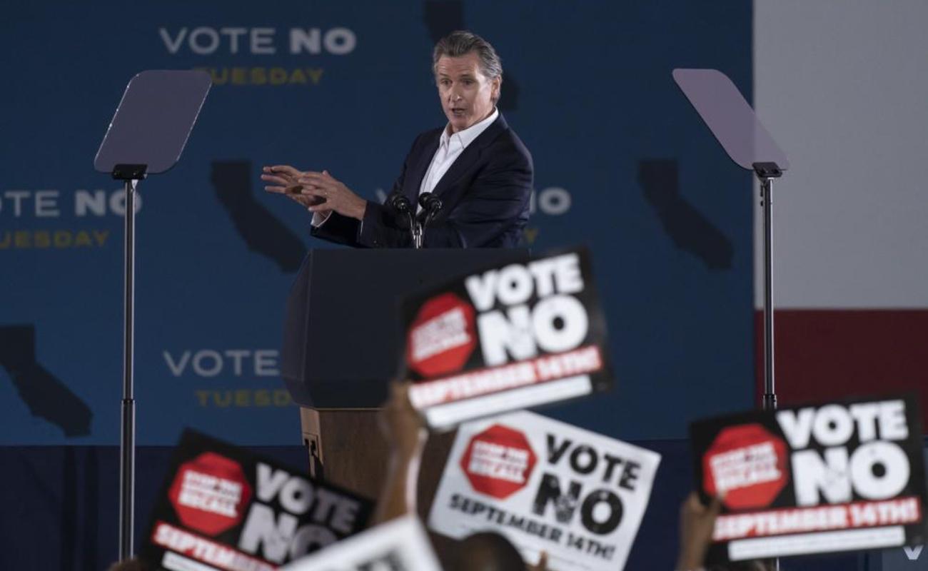 Deciden californianos el destino del gobernador Gavin Newsom