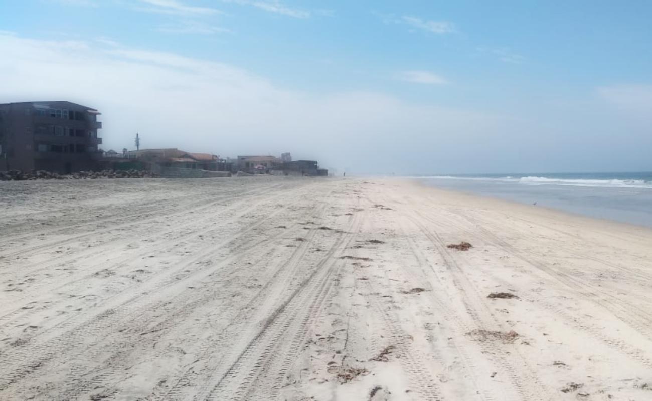 Por contaminación, siguen cerradas playas en Rosarito
