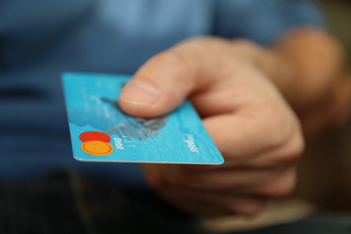 ¿Qué hacer en caso de robo o extravío de tarjetas para evitar fraudes?