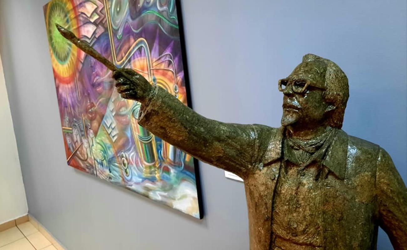 Rinden homenaje al pintor Manuel Varrona