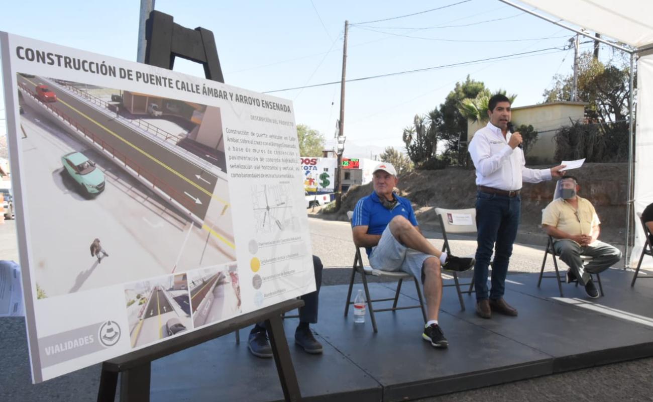 Presentan proyecto de construcción de puente para la avenida Ámbar