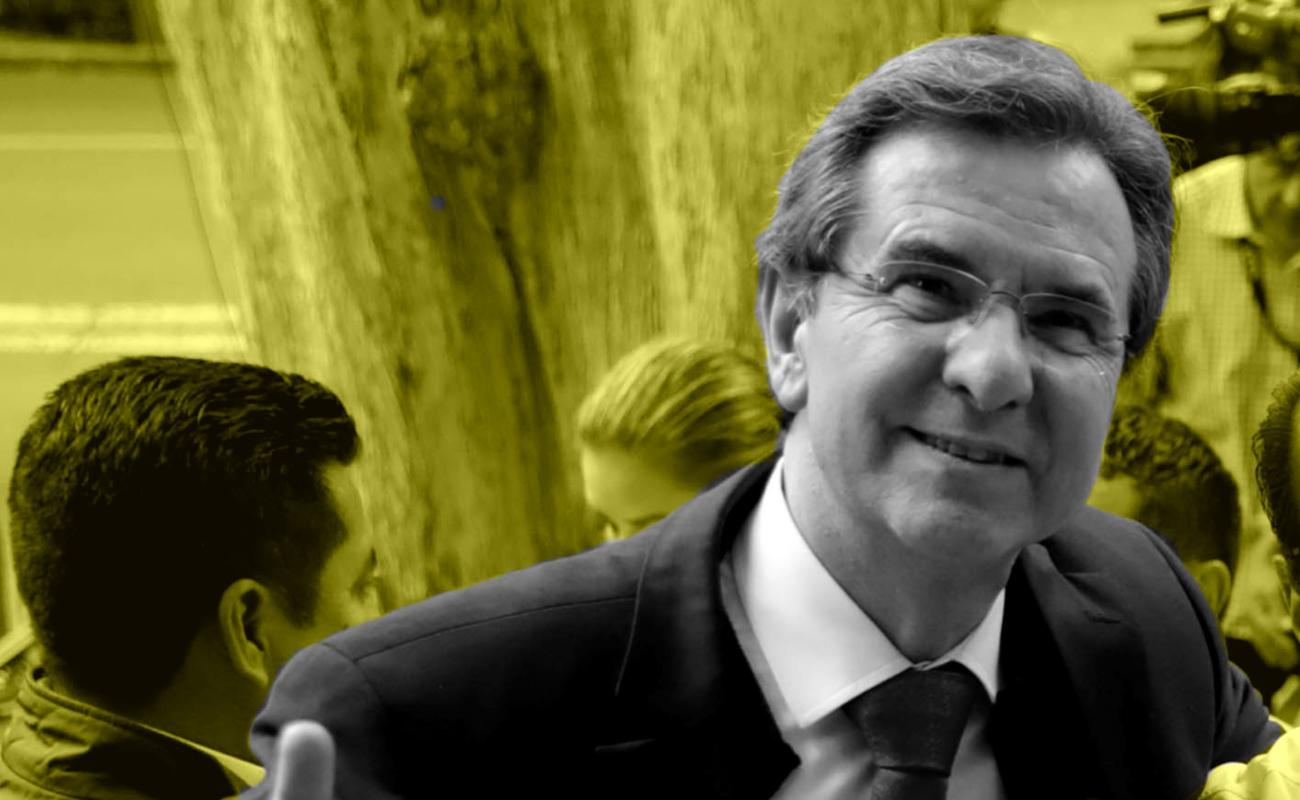 Presenta Esteban Moctezuma declaración millonaria