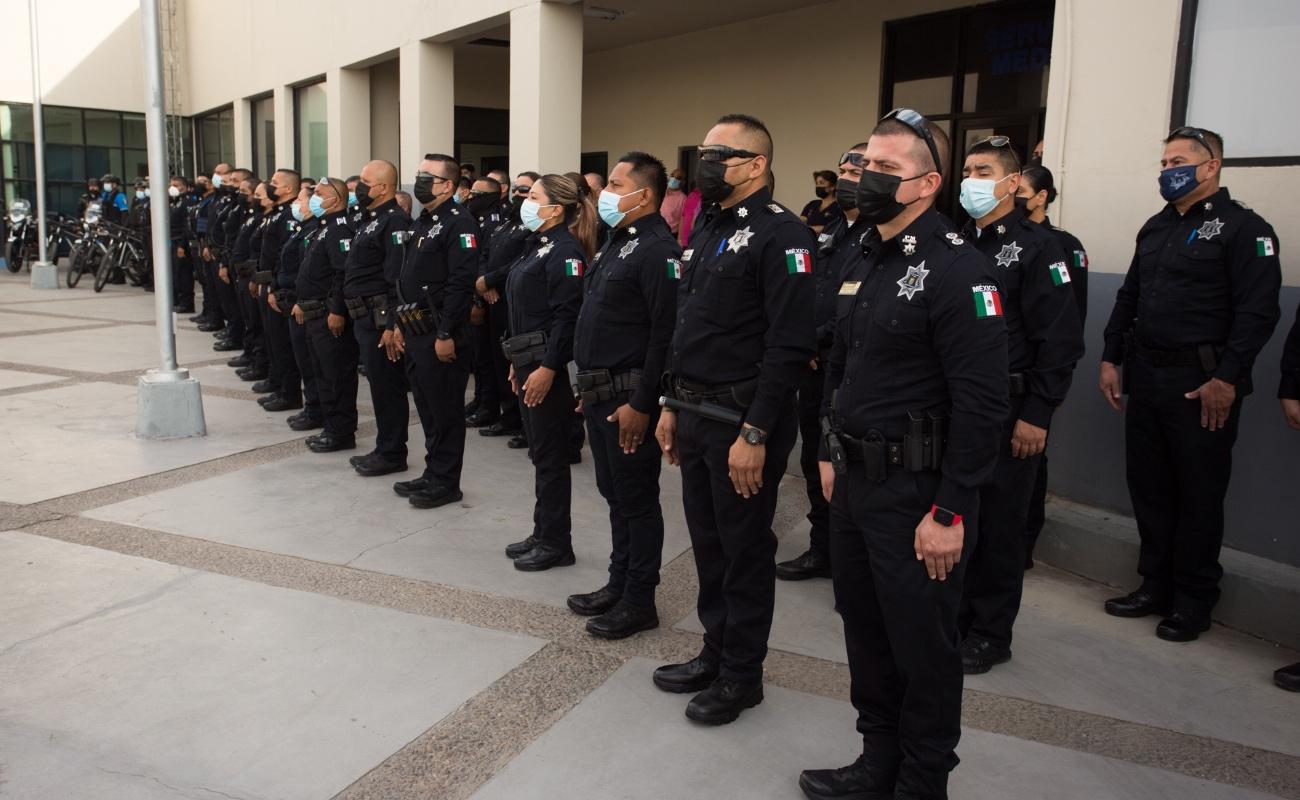 Realiza alcaldesa de Mexicali pase de lista a la Policía Municipal