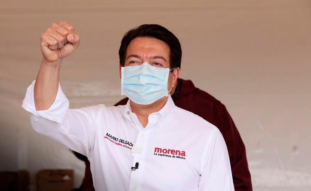 Gana Mario Delgado la encuesta para dirigir a Morena