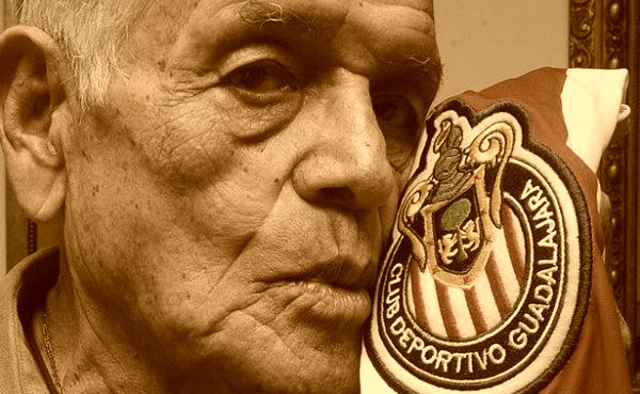 """Fallece Tomás Balcázar, leyenda de Chivas y abuelo del """"Chicharito"""""""
