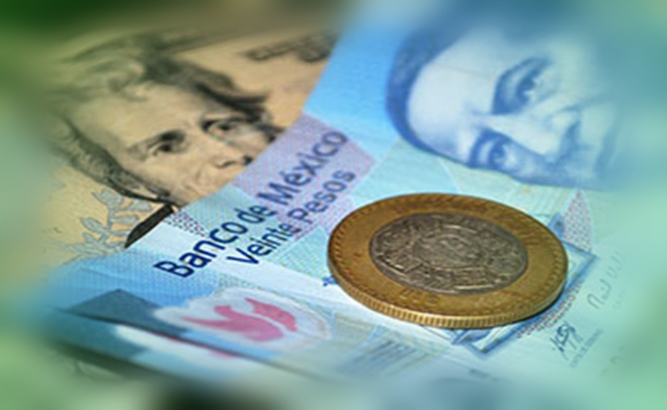 Peso mexicano alcanza nuevo máximo histórico ante el dólar