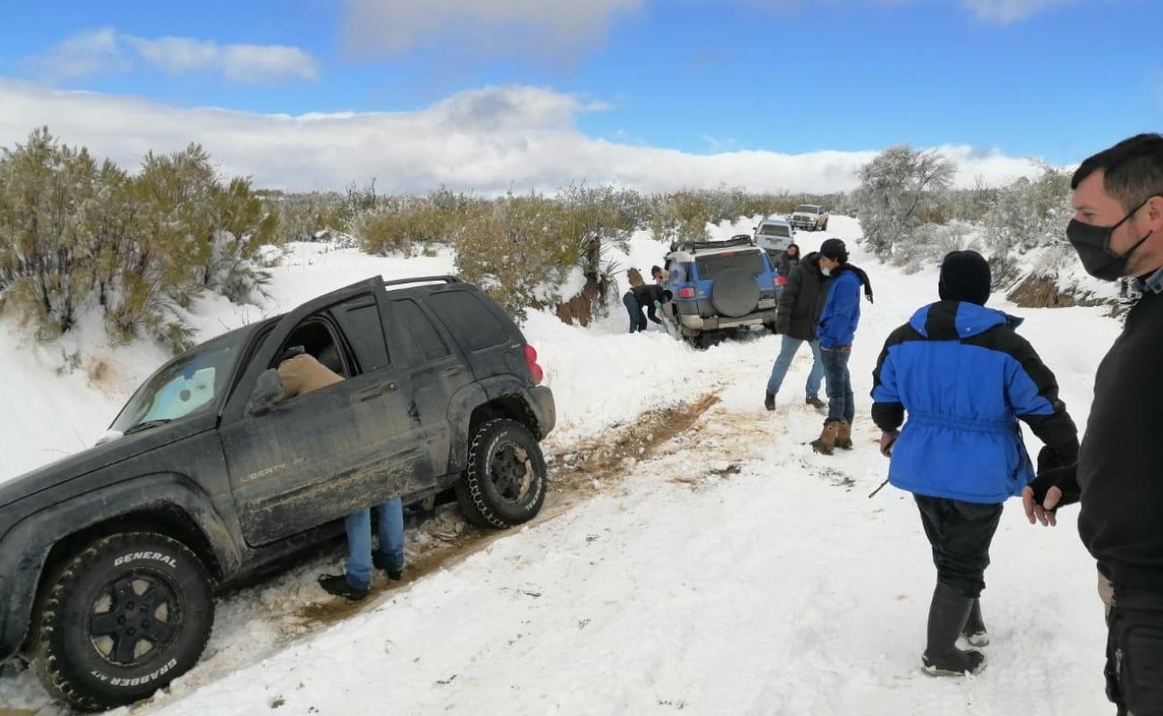 Auxilian a 35 personas varadas en Sierra de Juárez